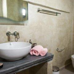 Отель Elysium Residence Греция, Остров Санторини - отзывы, цены и фото номеров - забронировать отель Elysium Residence онлайн ванная