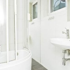 Отель Goodnight Warsaw ванная фото 2