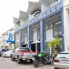 Отель ZEN Rooms Chalong Roundabout Таиланд, Бухта Чалонг - отзывы, цены и фото номеров - забронировать отель ZEN Rooms Chalong Roundabout онлайн парковка
