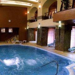 Prague Hotel бассейн