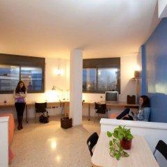 Отель Residencia de estudiantes Onix комната для гостей фото 2