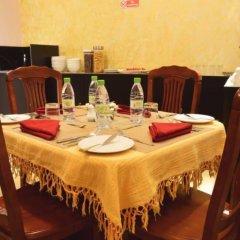 Отель Golden Spiral Maldives Мальдивы, Мале - отзывы, цены и фото номеров - забронировать отель Golden Spiral Maldives онлайн питание