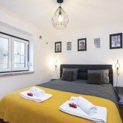 Отель Feels Like Home - Alfama Duplex комната для гостей фото 5