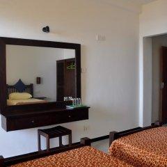 Отель Sunils Beach Hotel Colombo Шри-Ланка, Хиккадува - отзывы, цены и фото номеров - забронировать отель Sunils Beach Hotel Colombo онлайн удобства в номере