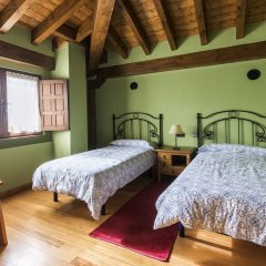 Отель Centro de Turismo Rural La Coruja del Ebro сейф в номере