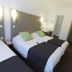 Отель Campanile Centre-Acropolis Ницца сейф в номере