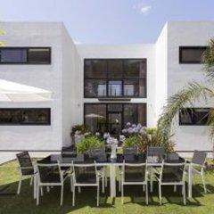 Отель Architecture Villa In Sitges Hills Оливелла помещение для мероприятий