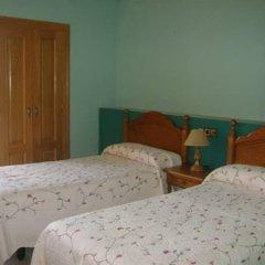 Отель Hostal Pirineos Ainsa Испания, Аинса - отзывы, цены и фото номеров - забронировать отель Hostal Pirineos Ainsa онлайн сейф в номере
