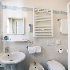 Hotel Villa Franco Римини ванная фото 2