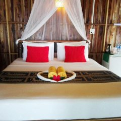 Отель Koh Jum Resort в номере