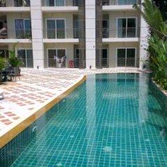 Апартаменты Apartment in Phuket Town бассейн фото 2