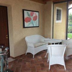Отель Locanda dei Rii Манерба-дель-Гарда комната для гостей фото 2