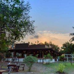 Отель Cowboy Farm Resort Pattaya гостиничный бар
