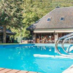 Отель Verneda Mountain Resort Испания, Вьельа Э Михаран - отзывы, цены и фото номеров - забронировать отель Verneda Mountain Resort онлайн бассейн фото 2