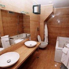 Отель Парк-Отель Сандански Болгария, Сандански - отзывы, цены и фото номеров - забронировать отель Парк-Отель Сандански онлайн ванная