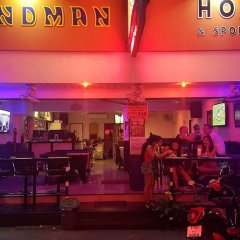 Отель The Nelson Guest House Pattaya развлечения
