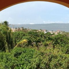 Отель Brytan Villa Ямайка, Треже-Бич - отзывы, цены и фото номеров - забронировать отель Brytan Villa онлайн балкон