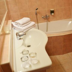 Albionette Hotel Прага ванная