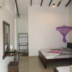 Отель Vista Rooms Romana Rest Шри-Ланка, Катарагама - отзывы, цены и фото номеров - забронировать отель Vista Rooms Romana Rest онлайн комната для гостей фото 4