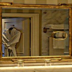 Stanhope Hotel Brussels by Thon Hotels сейф в номере