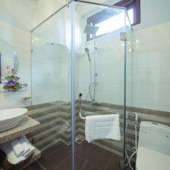 Отель Vip Garden Homestay Хойан ванная