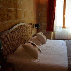 Отель Vignobles Fabris Франция, Сент-Эмильон - отзывы, цены и фото номеров - забронировать отель Vignobles Fabris онлайн комната для гостей фото 5