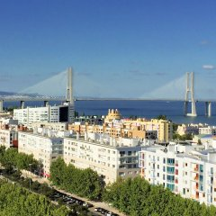 Отель Superior Rentals in Lisbon/Expo with Free Parking
