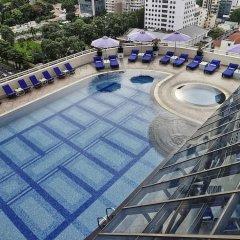 Отель Sofitel Saigon Plaza Вьетнам, Хошимин - отзывы, цены и фото номеров - забронировать отель Sofitel Saigon Plaza онлайн бассейн фото 3