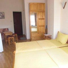 Отель Guest House Antoaneta Несебр комната для гостей