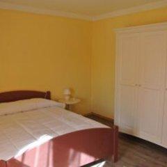 Отель Suites And Chalets Laghi & Monti Италия, Орнавассо - отзывы, цены и фото номеров - забронировать отель Suites And Chalets Laghi & Monti онлайн комната для гостей фото 3