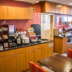 Отель Comfort Inn JFK Airport США, Нью-Йорк - 1 отзыв об отеле, цены и фото номеров - забронировать отель Comfort Inn JFK Airport онлайн питание фото 2