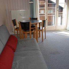 Отель Suzanne Nr. 27 Швейцария, Шёнрид - отзывы, цены и фото номеров - забронировать отель Suzanne Nr. 27 онлайн комната для гостей фото 4