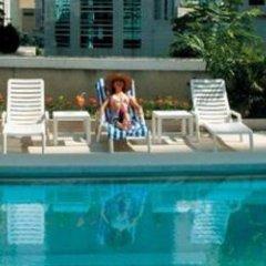 Отель Equatorial Kuala Lumpur Малайзия, Куала-Лумпур - отзывы, цены и фото номеров - забронировать отель Equatorial Kuala Lumpur онлайн бассейн фото 2