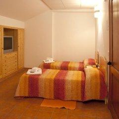 Отель Grande Albergo Gambarie Санто-Стефано-ин-Аспромонте комната для гостей фото 3