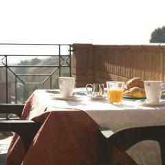 Отель Albergo Ristorante Da Tonino Италия, Реканати - отзывы, цены и фото номеров - забронировать отель Albergo Ristorante Da Tonino онлайн балкон