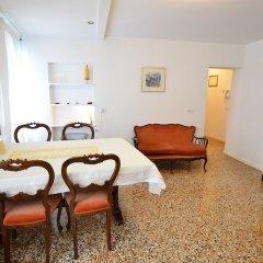 Отель Sasmi Италия, Венеция - отзывы, цены и фото номеров - забронировать отель Sasmi онлайн удобства в номере фото 2