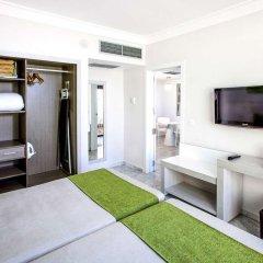 Отель Sol Palmeras комната для гостей фото 4