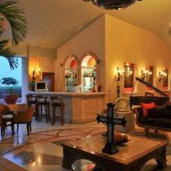 Отель Best 1Br Nautical Suite By EVB ROCKS Золотая зона Марина гостиничный бар