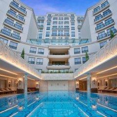 Отель Cvk Park Prestige Suites бассейн
