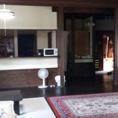 Отель Kurasako Onsen Sakura Япония, Минамиогуни - отзывы, цены и фото номеров - забронировать отель Kurasako Onsen Sakura онлайн гостиничный бар