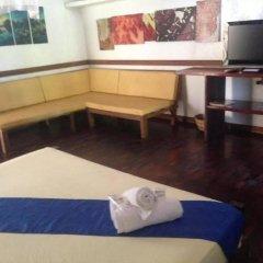 Отель The Lotus Garden Hotel Филиппины, Пуэрто-Принцеса - отзывы, цены и фото номеров - забронировать отель The Lotus Garden Hotel онлайн удобства в номере фото 2