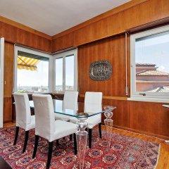 Отель Trevispagna Charme Apartment Италия, Рим - отзывы, цены и фото номеров - забронировать отель Trevispagna Charme Apartment онлайн интерьер отеля