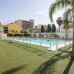 Torremolinos Inturjoven Youth Hostel бассейн