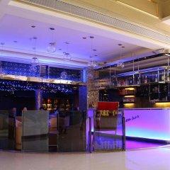 Отель Palace Hotel Китай, Шэньчжэнь - отзывы, цены и фото номеров - забронировать отель Palace Hotel онлайн гостиничный бар