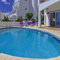 Отель Вилла Ipek бассейн