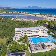 Hotel Koukounaria пляж