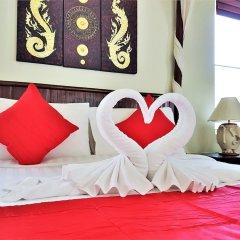 Отель Karon Beach Walk Villa комната для гостей фото 4