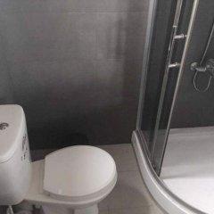 Yoho Hi Lanka Hostel - Negombo ванная фото 2