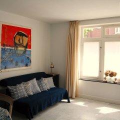 Отель Rietvelt Apartment Нидерланды, Амстердам - отзывы, цены и фото номеров - забронировать отель Rietvelt Apartment онлайн комната для гостей фото 3