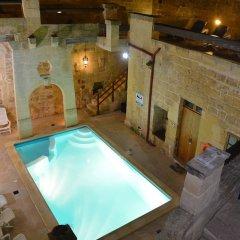 Отель Vittoria Suites бассейн фото 2